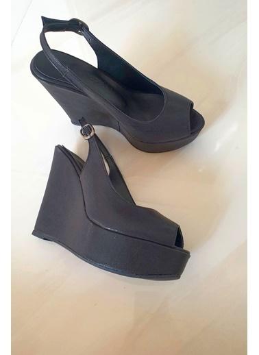 Topukla 404 Feta Abiye Ayakkabı 19P Siyah